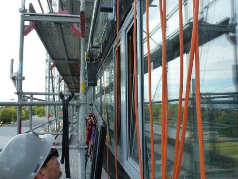 eepos aluminium monorail systems are used for façade assembly at Triemli Hospital in Zurich